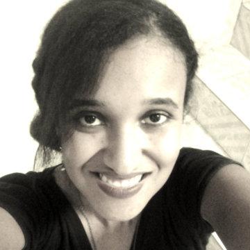 Bruna, 22, Pindamonhangaba, Brazil