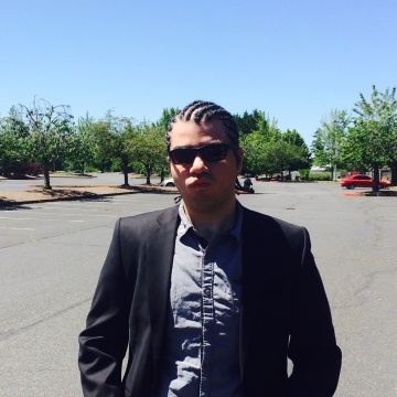 Hasan, 33, Portland, United States