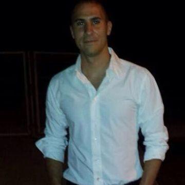 Juan, 31, Badalona, Spain