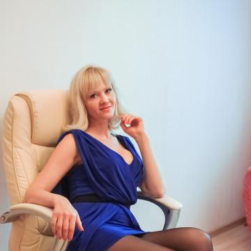 Оленька, 44, Voronezh, Russia