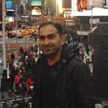 Sezgin, 35, Istanbul, Turkey