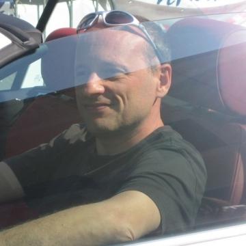 Paul, 44, Munich, Germany