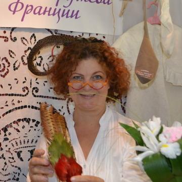 Markarita Loginova, 57, Montauban, France
