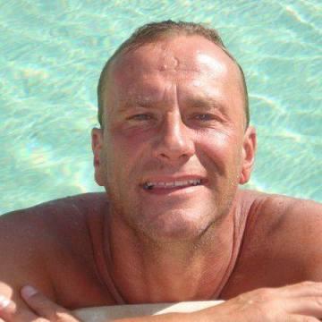 Robert, 47, Quebec, Canada