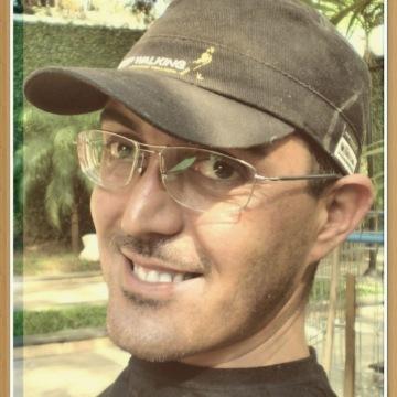Leandro Carvalho, 44, Sao Paulo, Brazil