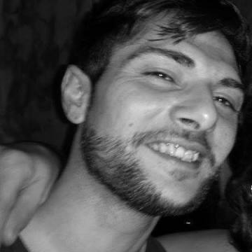 Carmine Rizzello, 30, Genova, Italy