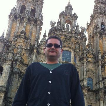 santi, 43, Valencia, Spain