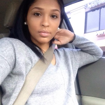 ronnette, 32, Montreal, Canada