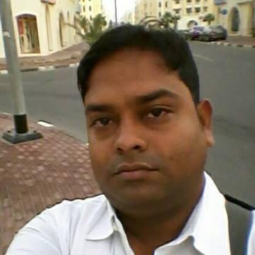boggis, 29, Dubai, United Arab Emirates