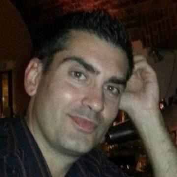 Mario Bello, 42, Como, Italy