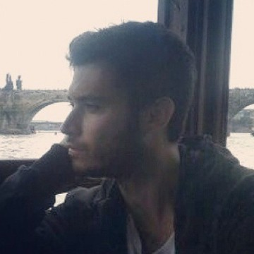 Santi Cenizo Lopez, 32, Barcelona, Spain