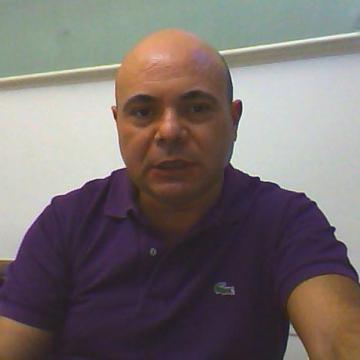 Roberto, 49, Catania, Italy