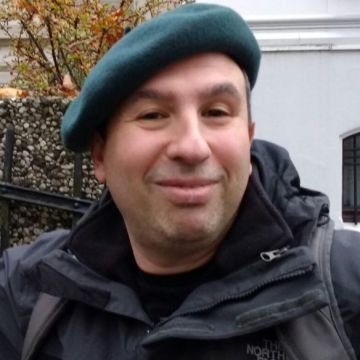 Petrov, 41, Dusseldorf, Germany