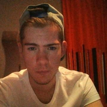 Aaron, 19, Birmingham, United Kingdom