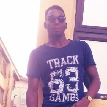 sammy, 28, Lagos, Nigeria