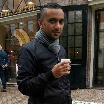 Husam, 29, Jeddah, Saudi Arabia