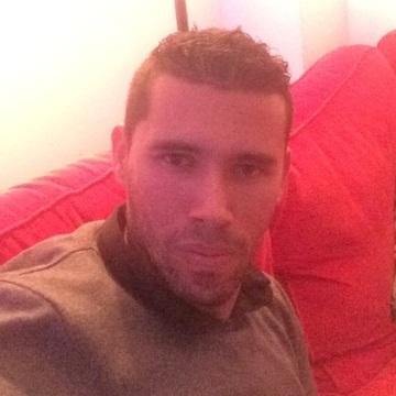Carlos Andres Giraldo Idarraga, 36, Alicante, Spain