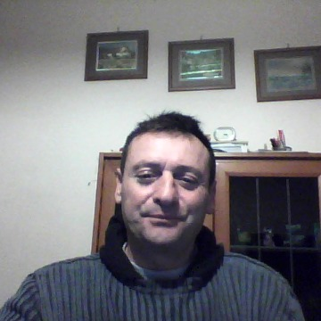 luciano, 43, Lucca, Italy