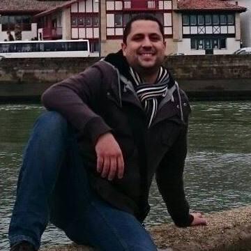 ilie, 33, Madrid, Spain
