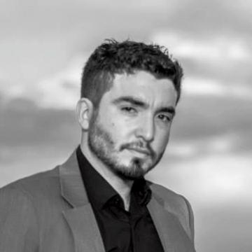 Sebastian Arrua, 31, Buenos Aires, Argentina