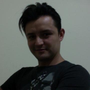 Victor Gomez, 31, Manizales, Colombia
