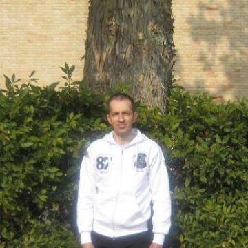 Alessandro Cesarei, 41, Montegiorgio, Italy