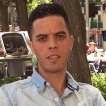 Hafid Ez, 36, Barcelona, Spain