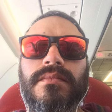 Gonzo Watonski, 38, Santiago, Chile