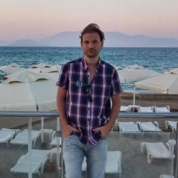 Doğan, 36, Bursa, Turkey