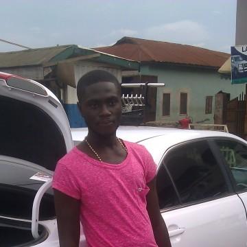 Desmond, 21, Kumasi, Ghana