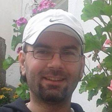 Yalçın Boyacı, 33, Izmir, Turkey
