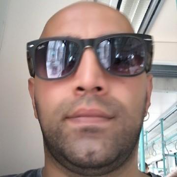 Osman Sapmaz, 32, Istanbul, Turkey