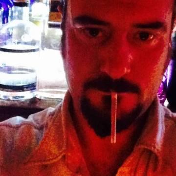 Lui Domingo, 37, Madrid, Spain