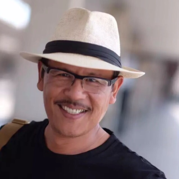 Jim Huang, 47, Milano Marittima, Italy
