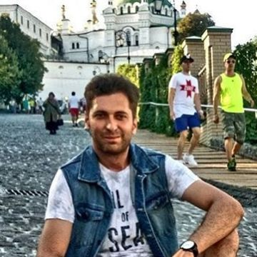 Mirsad, 31, Istanbul, Turkey