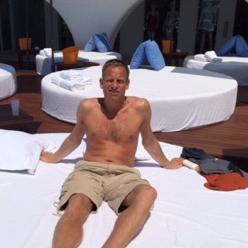 Andy , 44, Caterham, United Kingdom