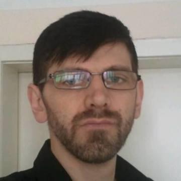 Djani Tucic, 32, Zenica, Bosnia and Herzegovina