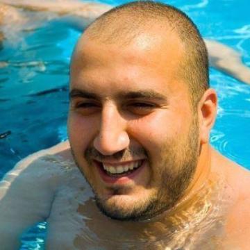 Kadir Yüncü, 35, Istanbul, Turkey