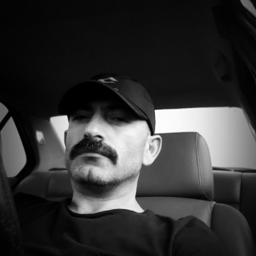 Tarkan Subaş, 39, Ankara, Turkey