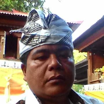 Darma Lovina, 42, Jakarta, Indonesia