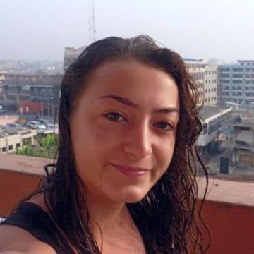 Audrey cook, 34, Windsor, United Kingdom