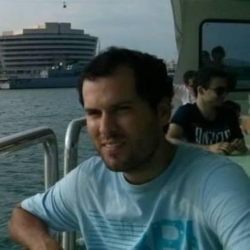 Jose OM, 33, Barcelona, Spain