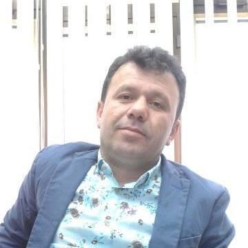Benji Beni, 47, Istanbul, Turkey