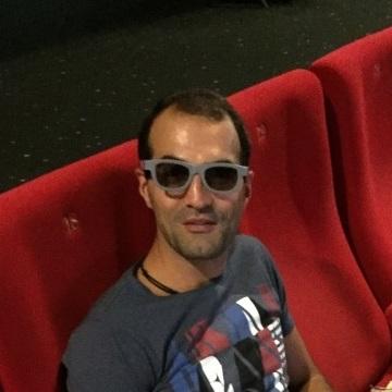 Ara Davtyan, 32, Toulon, France