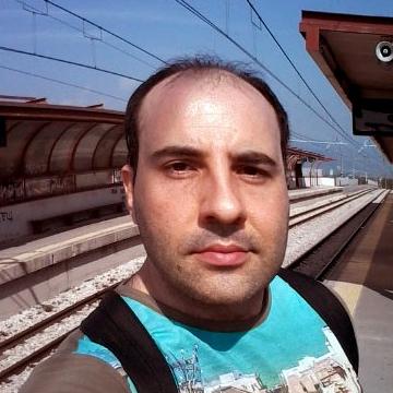Alessandro, 39, Napoli, Italy