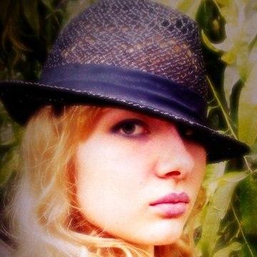 Elizabeth Norman, 22, Saint Petersburg, Russia