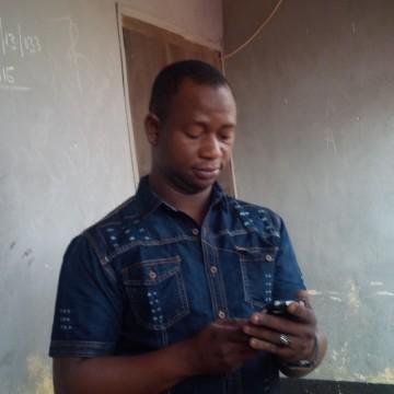 Jamilu , 30, Abuja, Nigeria