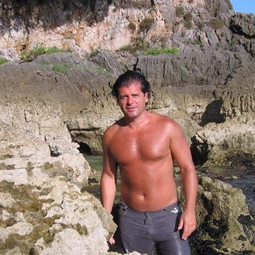 Vince Beltoro, 36, Rome, Italy