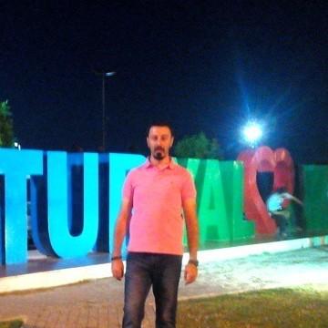 Güven Özcan, 33, Tekirdag, Turkey