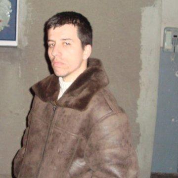 Gabriel Fizesan, 34, Cluj, Romania